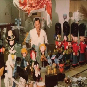 Rolly Crump And Dolls