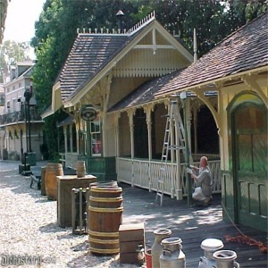 Frontierland Station Being Painted