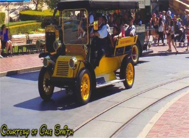 Yellow Horseless Carriage