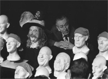 Walt And Pirate Heads