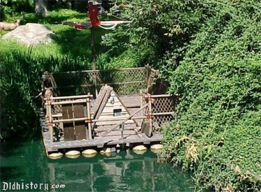Tom Sawyer Raft Display
