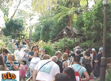 Early June Crowds For Many Adventures Of Winnine The Pooh