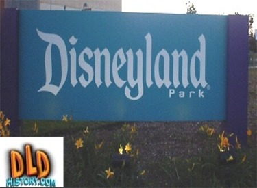 New Disneyland Sign