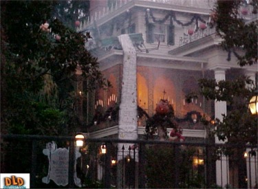 Haunted Mansion Holiday Event