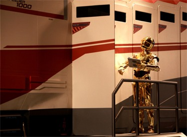 C3PO Checking Starspeeder