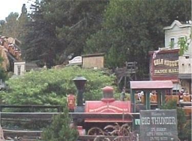 Big Thunder Town And Engine #2