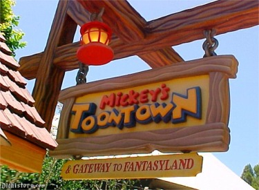 Toon Town Station Sign