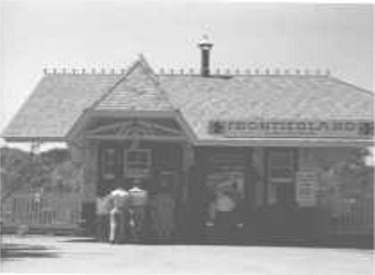 Original Frontierland Station