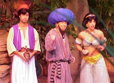 Aladdin With Magic Lamp, Princess Jasmine And Barker Bob