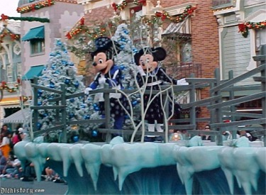 Mickey And Minnie Ice Skating Float