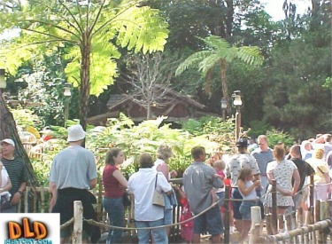 Queue For Many Adventures Of Winnie The Pooh