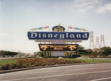 Old Disneyland Sign