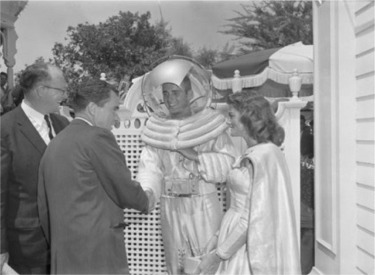 Richard Nixon Meeting Space Man And Space Woman